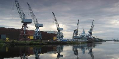 Contraction & consolidation – relying on a single shipyard for warship construction