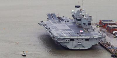 HMS Queen Elizabeth – a large and convenient media target