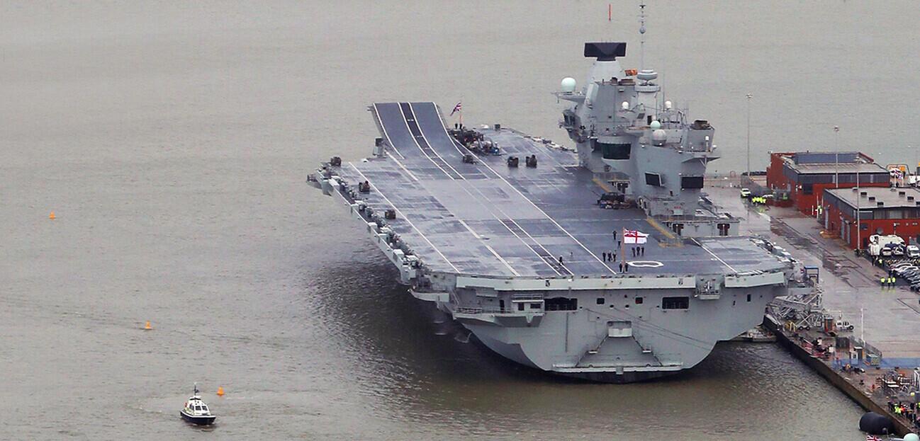 HMS Queen Elizabeth – a large and convenient media target