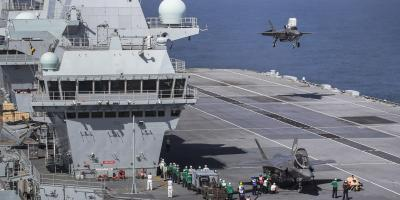 Fast jets on deck. F-35 arrives on HMS Queen Elizabeth