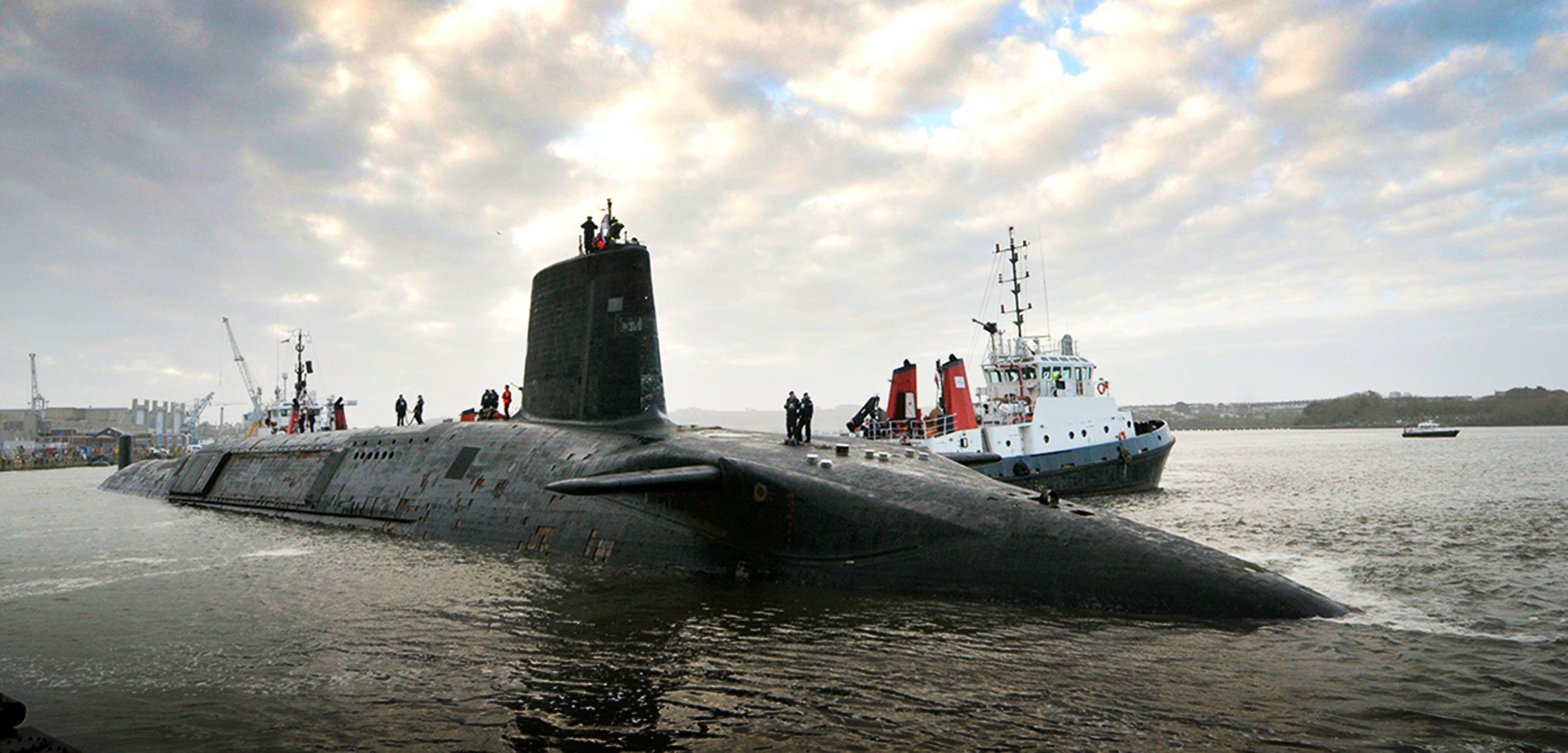 Critical Royal Navy submarine refit running late