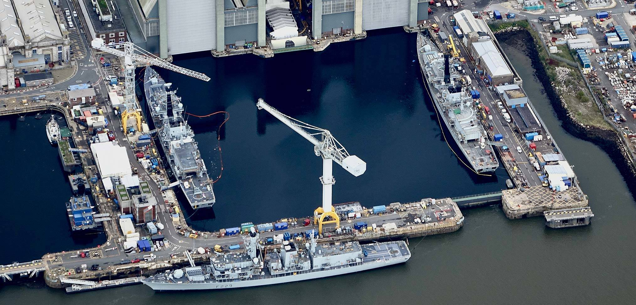 Minister tells head of the Royal Navy to make increasing warship availability a priority