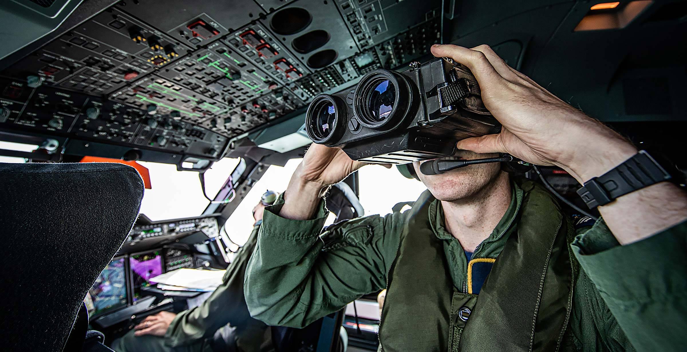 A400M RAD English Channel Binoculars