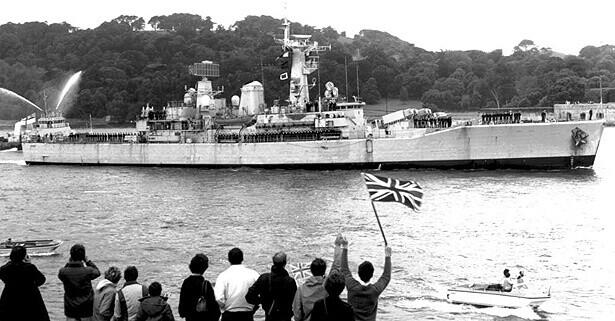 HMS Argonaut Returns form the Falklands
