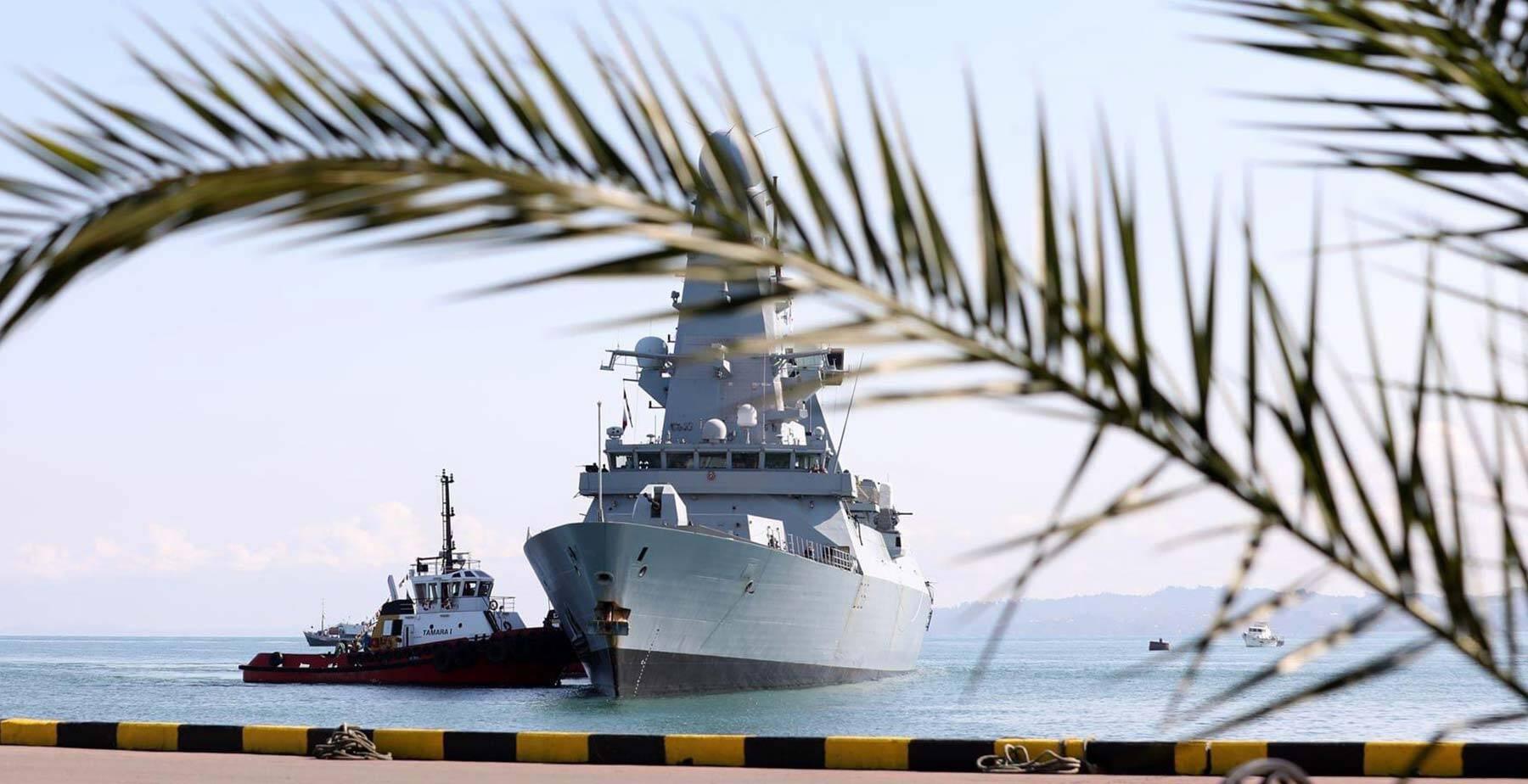 HMS-Defender-Georgia-2.jpg