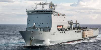 Converting the Bay-class auxiliaries into littoral strike ships